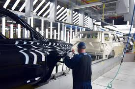 Ford Revs Up Large SUV Production To Boost Margins, Challenge GM ... Ford Motor To Expand At Louisville Assembly Plant Where Escape Is Lmpd Man Electrocuted Killed Truck News Halts F150 Production Says No Impact On 2018 Profit Fox Contract Rejected 2 More Plants Uaw Leaders Scramble Win Kentucky Tour Video Hatfield Media Dump 1998 3d Model Hum3d Allamerican Pickup Trucks Aim Lure Chinas Wealthy Leading Economic Indicators Index Rose In October Wsj Co Historic Photos Of And Environs L Series Wikiwand The Super Duty A Line Of Over 8500 Lb 3900 Kg