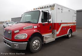 100 Freightliner Fire Trucks 2007 Business Class M2 Ambulance Item J5636