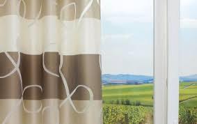 braune vorhänge und gardinen kreative fensterdekoration