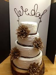 A Beautiful Rustic Wedding Cake I Dont Like The Topper