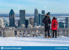 100 Belvedere Canada Couple Looking At Montreal Skyline From Ondiaronk