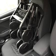 siege auto jumeaux comment s organiser avec une poussette simple compacte quand on a