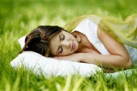 feng shui im schlafzimmer 15 tipps für mehr ruhe und