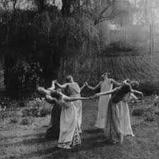 The Three Chief Witches Of This Coven Are Direct Decedents Flowers And As Last Remaining Heirs Have Honour Carrying On Century Old