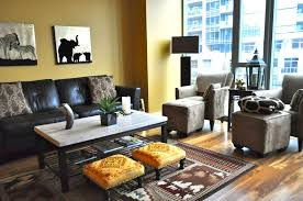 Safari Themed Living Room Ideas by Safari African Inspired Living Room With Leather Couch And Double