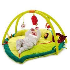 tapis d éveil bébé tests avis comparaisons