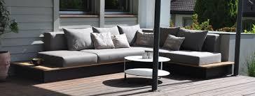 ideen für wetterfeste und schmutzabweisende loungekissen