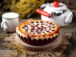 leckeres sommer rezept kirschkuchen mit vanillepudding so