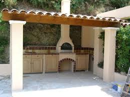 cuisine d été exterieur abri cuisine exterieure superbe construction d un barbecue