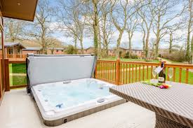 100 Tree Houses With Hot Tubs Luxury Tub Holidays Breaks UK Darwin Escapes