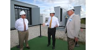 FPL unveils first solar plus storage system in the U S that can