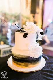 Rustic Romantic And Remarkable Wedding Cake PhotosWedding CakesGarden