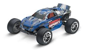 R/C Buyer's Guide: Traxxas   RC Newb 16 Xmaxx 4wd Monster Truck Brushless Rtr With Tsm Red Rizonhobby Traxxas Dude Perfect Rc Edition Nitro Slash Ripit Cars Trucks The 5 Best In 2019 Which One Is For You Luxurino Adventures Unboxing A 4x4 Fox 24ghz 110 Hail To The King Baby Reviews Buyers Guide 2wd Race Replica Hobby Pro Buy Now Pay Later Unlimited Desert Racer Udr 6s Electric Stampede 4x4 Vxl Blue Erevo Best Allround Car Money Can Buy Wvxl8s