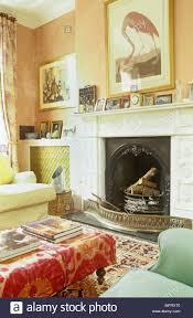 ein detail einer traditionellen terrakotta wohnzimmer