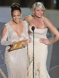 No Wardrobe Malfunction for Jennifer Lopez