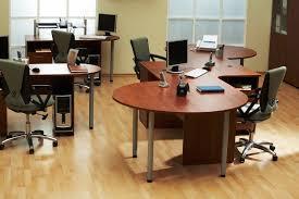 bail bureaux mod e bureaux entreprise location bureaux à louer à 16 proche de la