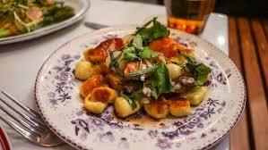 bleu orleans cuisine poulet bleu review a dining experience in lawrenceville