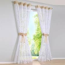 vorhänge mit ösen weiß gardinen wohnzimmer fenstergardine