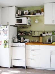 Basic Factors To Help You Organize Small Kitchens