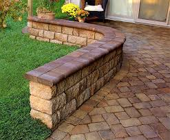 Retaining Wall and Freestanding Wall Block Idea & Gallery
