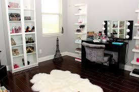 Vanity Set With Lights For Bedroom by Furniture Let It Realize Your Princess Dream With Pretty Makeup