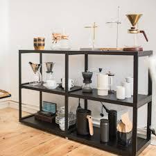 maxx m metallregal in schwarz als kaffeebar im wohnzimmer