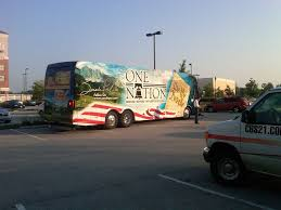 100 Liberty Truck Stop Sarah Palin On A Bus Tour Stop In Gettysburg Visits Battlefield