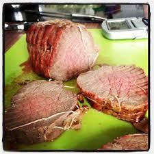 cuisiner coeur de porc comment cuire un rôti de boeuf porc cuisson parfaite au four