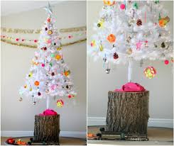 18 Exceptionally Brilliant Modern Christmas Tree Alternatives That You Can Embrace Homesthetics 14