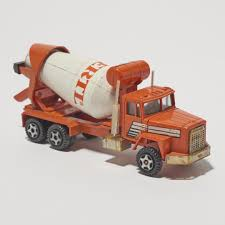 100 Ertl Trucks ERTL Of The World International Paystar Cement Mixer Die Cast