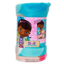 Doc Mcstuffin Toddler Bed by Delta Childrens Doc Mcstuffins 3d Toddler Bed With Fleece U0026 Pillow