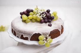 saftiger trauben drip cake