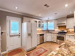 White Traditional Kitchen Design Ideas by Traditional Kitchen Design Ideas With Corner Sink And White