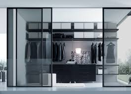 Very Chic & Contemporary Walk in Closet Closet