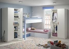 photo de chambre enfant armoire enfant sur mesure enfin une chambre bien rangée