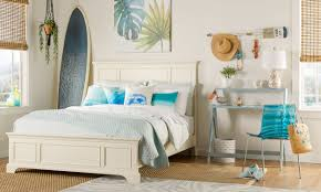 9 Cool Bedroom Ideas For Teenagers | Overstock.com How To Pick Perfect Decorative Throw Pillows For Your Sofa Lovesac Giant Pillow Chair Purewow Maritime Bean Bag 9 Cool Bedroom Ideas For Teenagers Overstockcom Cozy Papasan Astoldbymichelle Pasanchair Alluring Beach Themed Room Decorating Hotel Kid Bedroom Apartment Decor Boy Sets Bench Small White Cheap Teen Find Deals On 37 Design Teenage Girl And Cute Kids Ivy 54 Stylish Nursery Architectural Digest