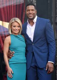 Kelly Ripa Halloween Contest by Michael Strahan Celebrates His Final Day On Live With Kelly And