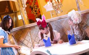 100 Alice In Wonderland Restaurant Tokyo Tumbling Down The Rabbit Hole Will Lead You To The With