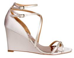 beach wedding shoes wedges