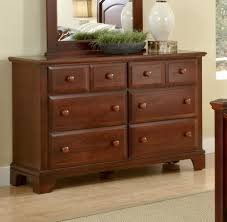 Vaughan Bassett Triple Dresser by Vaughan Bassett Bedroom Set U2013 Bedroom At Real Estate