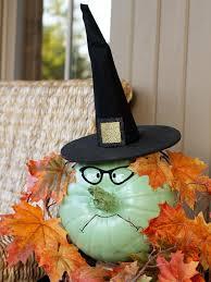 Cute Halloween Decorations Pinterest by Best 25 Faux Pumpkins Ideas On Pinterest Wheat Centerpieces