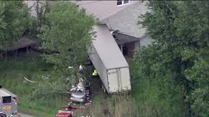 100 Truck Accident Chicago Woman Dead In Sauk Village Wreck Tribune