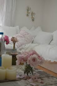 Cottage Bedroom Ideas by 324 Best Rachel Ashwell Images On Pinterest Shabby Chic Decor