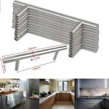 poign馥 de porte cuisine poign馥pour meuble de cuisine 100 images les 23 meilleures