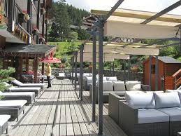 1 min walk from hotel picture of le grand chalet des pistes