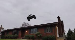 100 Truck Jumps This Video Of A Quad Jumping Over A House Is The Greatest Vine Ever