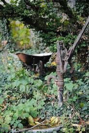 Oil Rain Lamp Pump by 52 Best Well Pumps Images On Pinterest Old Water Pumps Water