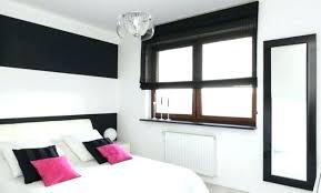 chambre couleur prune et gris peinture prune murs de couleur prune salon retro baroque chic