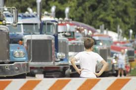 The Kindness Of Truck Drivers | Milton Courier | Hngnews.com News For Foodliner Drivers Alo Driving School 1221 W Airport Fwy Suite 217 Irving Tx Funeral Saturday At Sun Prairie High Captain Cory Barr Trucking Biz Buzz Archive Land Line Magazine Texting While Driving Wikipedia Hundreds Of Chickens Fly Coop After Slaughterbound Truck Overturns Trucker Supply Falling Short Demand 17 Towns In 2017 Big Cabin Provides Window To Trucking World Firefighter Killed In Gas Explosion Identified Fding Dangerous Trucks Can Be Inspectors Needleinhaystack Potato Mashed Under Train Overpass Milwaukee Wisc 160 Academy Truckersreportcom Forum 1 Cdl