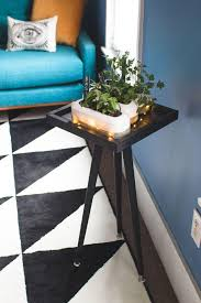 Make A Small End Table by How To Make A Small Space Tabletop Plant Stand Discover